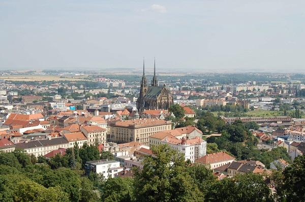 Brno-pohled-ze-Spilberku-600-400
